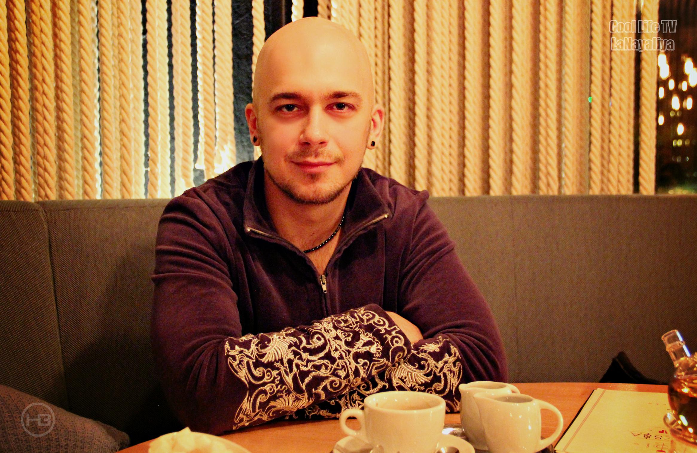 полонский роман певец фото